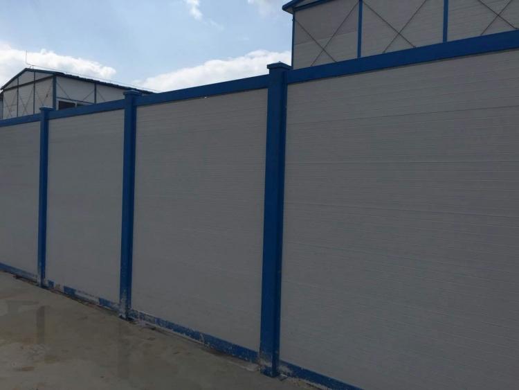 环保美观装配式木塑蓝白围挡